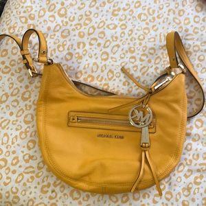 Brand new Michael Kors Rhea shoulder purse